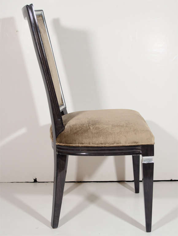 Pair of Elegant Hollywood Regency High Back Chairs in Velvet In Excellent Condition For Sale In Stamford, CT