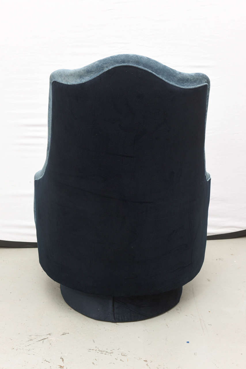 Mid-20th Century Two-Toned High-Back Adrian Pearsall Swivel Chair in Velvet, 1960s, USA For Sale