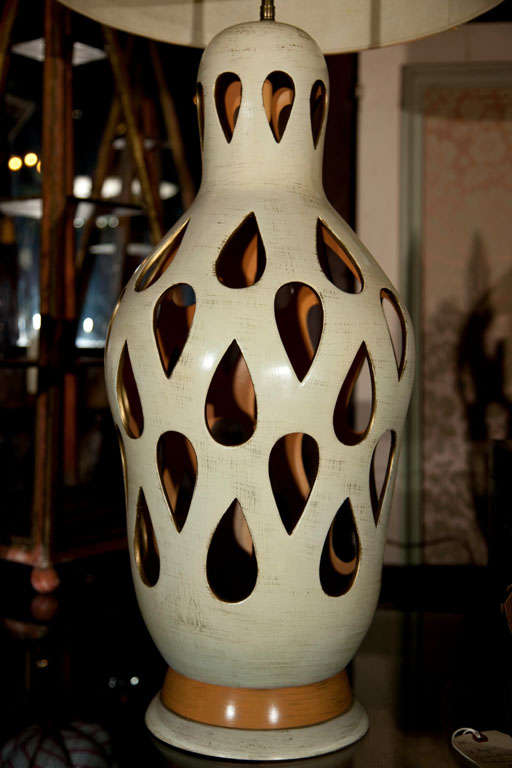 "Large ""Cut Out"" Ceramic Lamp In Excellent Condition For Sale In Stamford, CT"
