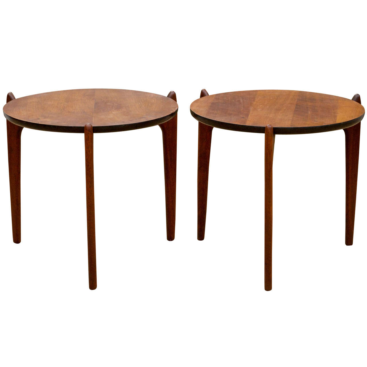 Walnut end tables at 1stdibs for Walnut side table