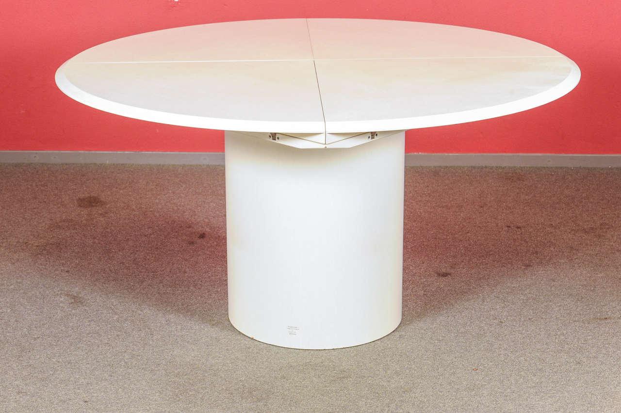 Amazing White Version Of The Famous Architectural Style  U0026quot;Quadrondou0026quot; Design Award Of