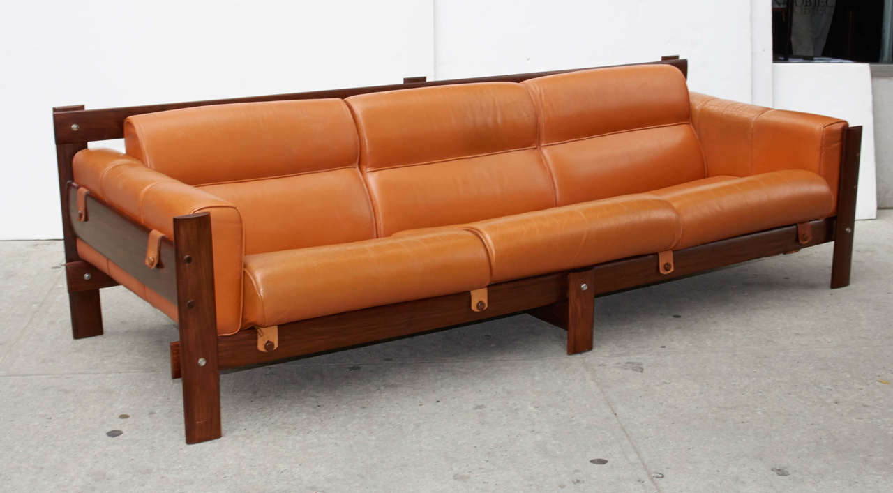 mid century sofa in cognac leather and rosewood designed by percival lafer at 1stdibs. Black Bedroom Furniture Sets. Home Design Ideas
