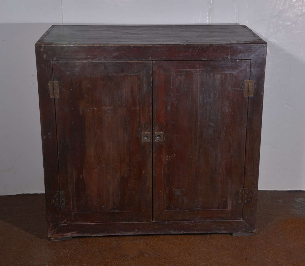 antique two door elm commode in original paint patina at 1stdibs. Black Bedroom Furniture Sets. Home Design Ideas