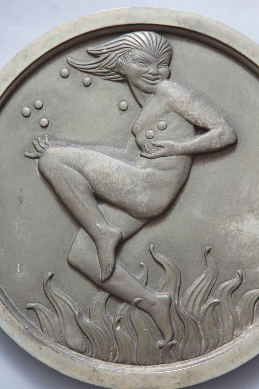 Mid-20th Century Pair of Art Deco Silver Plated Bronze Medallions For Sale