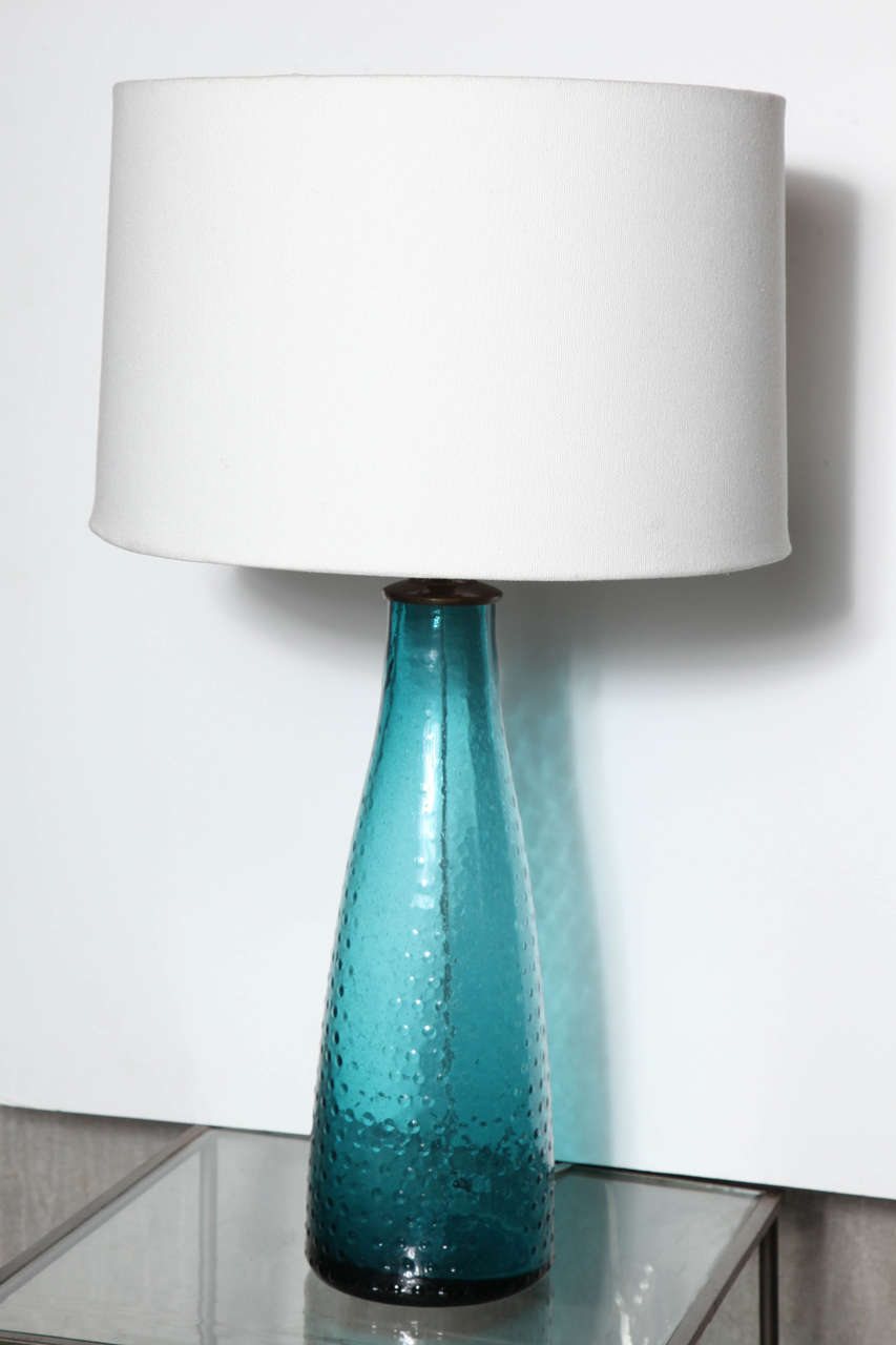 pair of turquoise art glass table lamps at 1stdibs. Black Bedroom Furniture Sets. Home Design Ideas