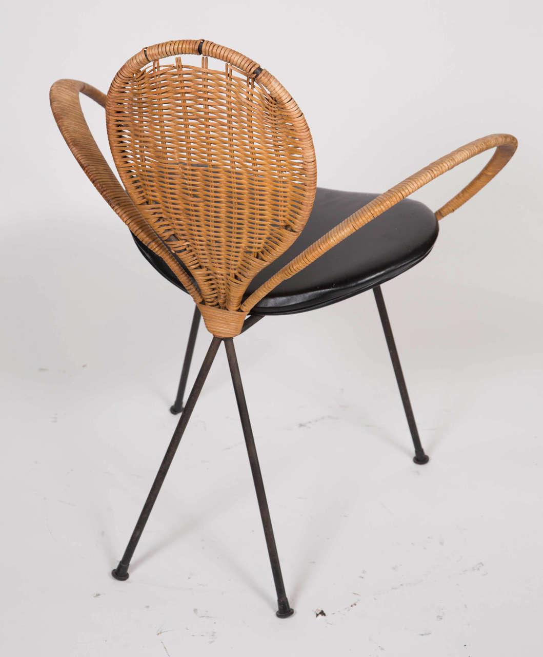 Mid-Century Modern Wicker Backed Chair 7
