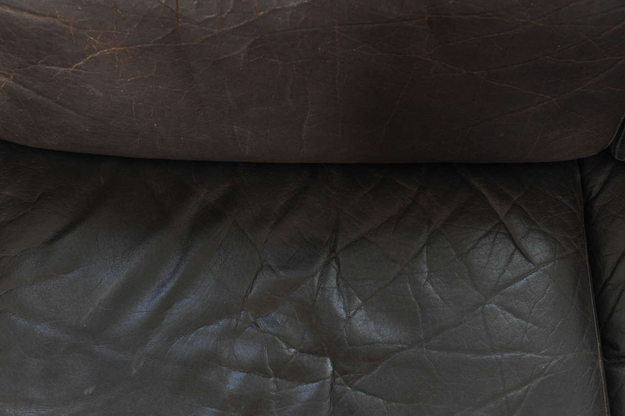 1960s Danish Three-Seat Vintage Design Sofa with Black Leather Upholstered For Sale 6