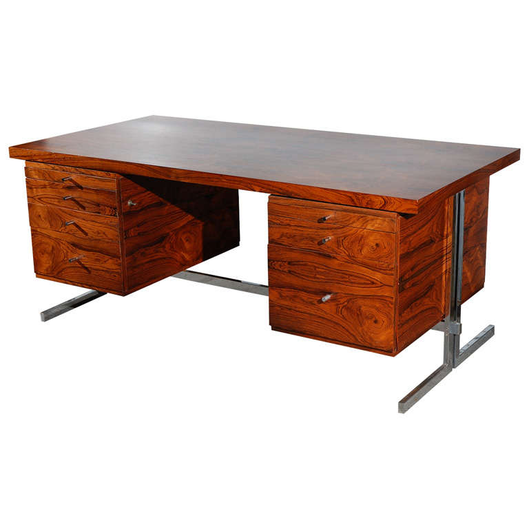 Fabio Lenci Executive Desk