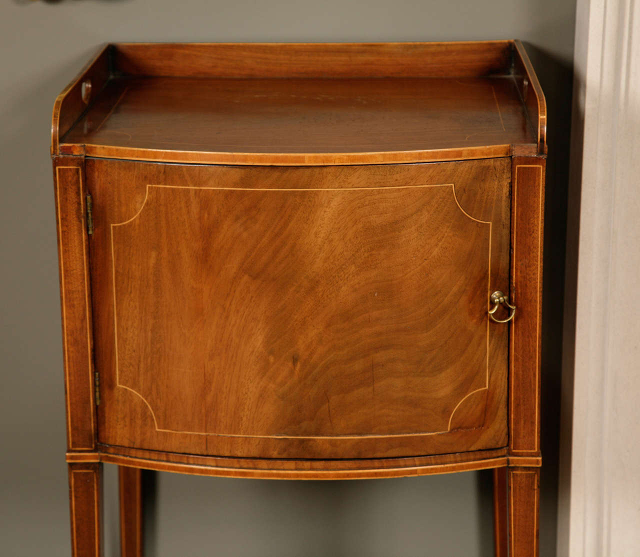 Pair of George III Mahogany and Box Wood Strung Bedside Cabinets For Sale 1