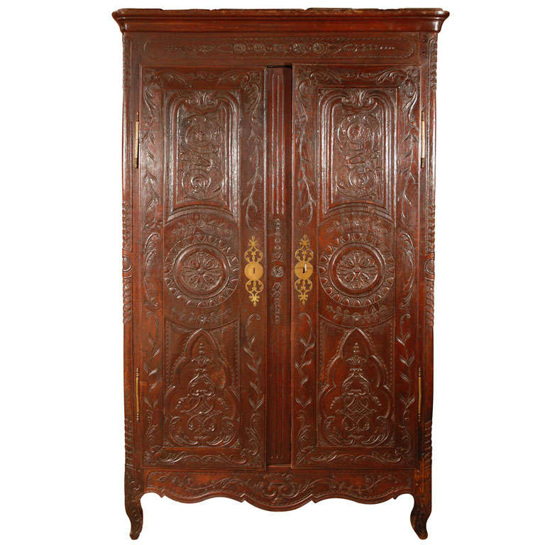 antique louis xv armoire for sale at 1stdibs. Black Bedroom Furniture Sets. Home Design Ideas