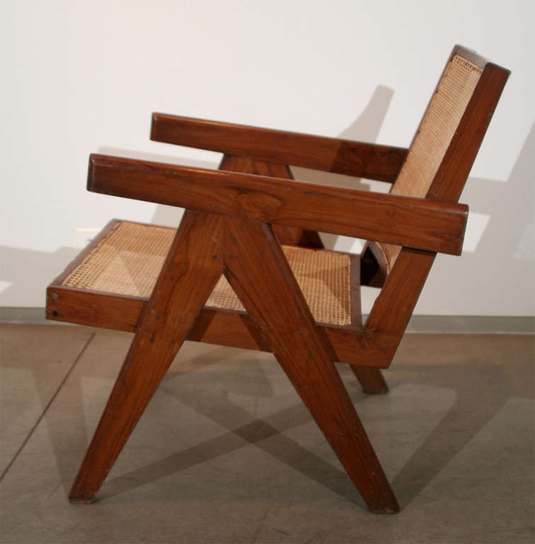 Pair of Arm Chairs by Pierre Jeanneret In Excellent Condition For Sale In Chicago, IL