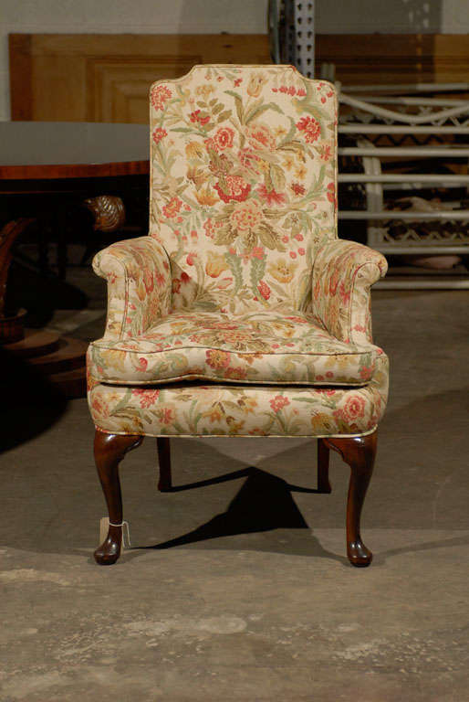 PAIR OF UPHOLSTERED HOST & HOSTESS CHAIRS<br />