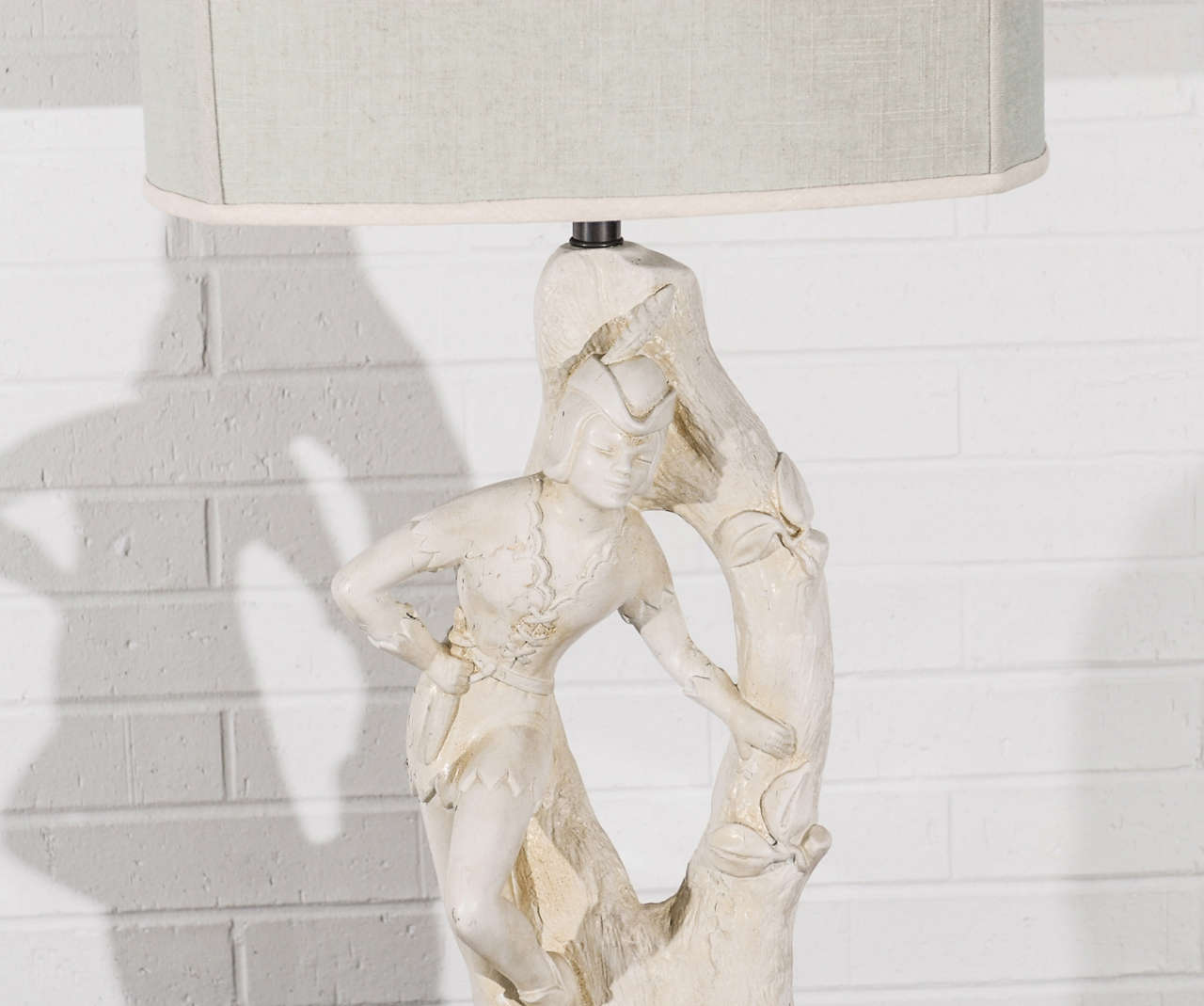 Beautiful Pair of Cream Plaster Lamps by Continental Art Company 4