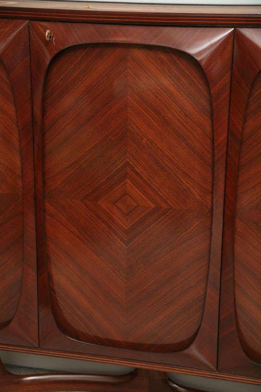 Fine Italian Three-Door Credenza, Dassi 5