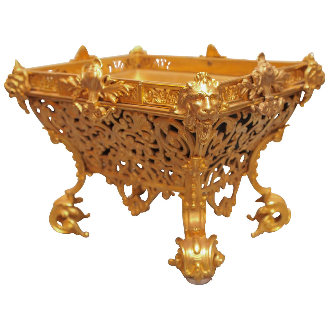 French napoleon iii gilt bronze jardiniere at 1stdibs for Jardiniere napoleon 3