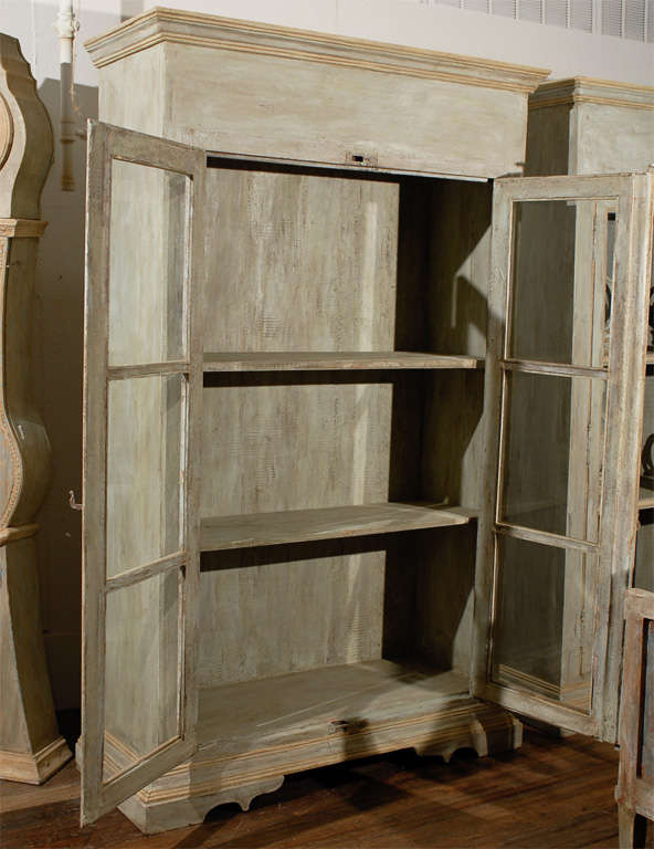 Wooden Bookcases With Doors Style