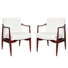 Pair Of Mid Century Danish Modern Chairs At 1stdibs