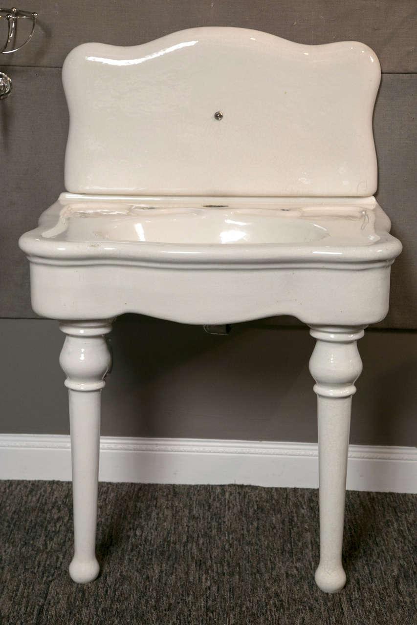 JL Mott Earth ware Bath Sink patent dated Feb. 7,1892 in fine original condition