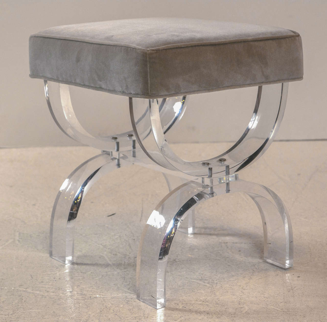 1970 39 S Lucite Benches Vanity Stools At 1stdibs
