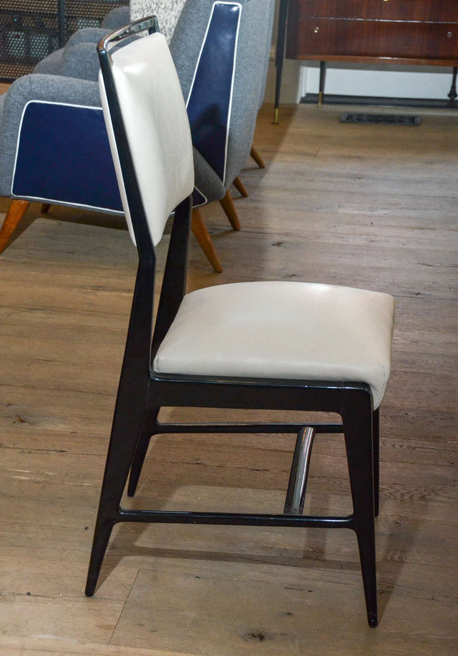 Pair of Occasional Chairs Attributed to Gio Ponti 6