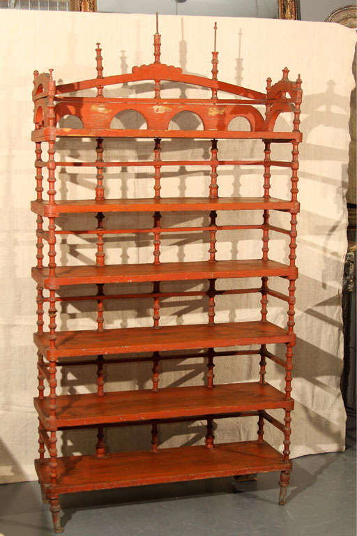 Wonderful very functional spool shelf. Very well-made, great color.
