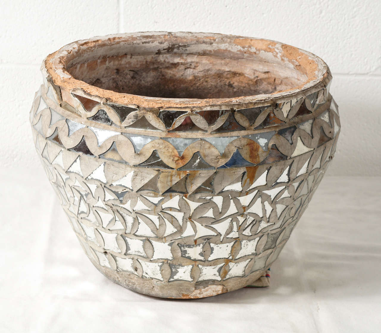 A large mirrored mosaic vase at 1stdibs a large mirrored mosaic vase 2 reviewsmspy