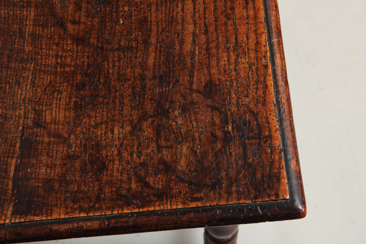 Late 17th Century English Oak and Ash Side Table For Sale 4