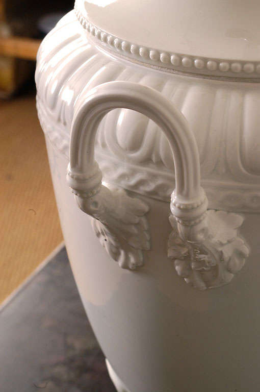Large kpm porcelain blanc de chine urn table lamp at 1stdibs for Table de chine