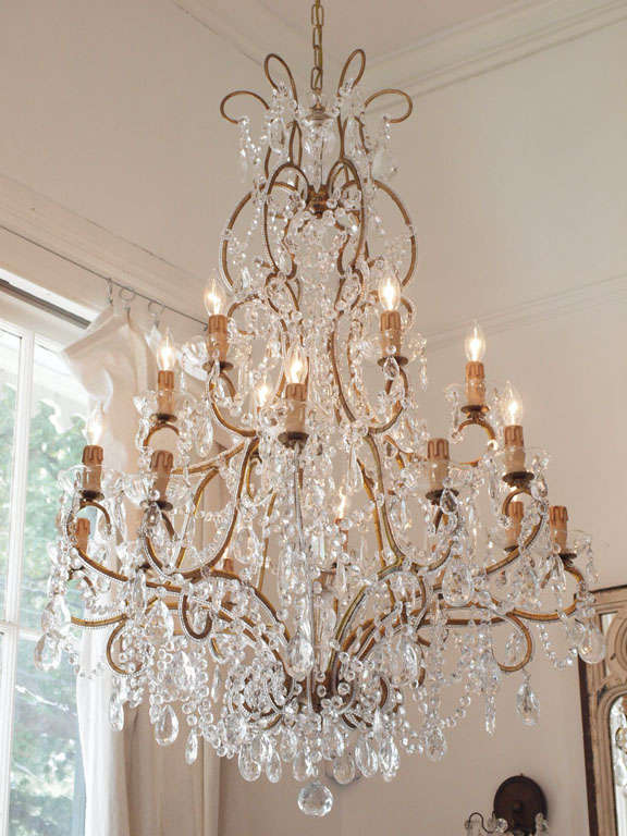 Large italian chandelier with murano glass crystals for sale at 1stdibs handcrafted in italy with vintage murano glass crystals chandelier is newly made using vintage parts mozeypictures Images