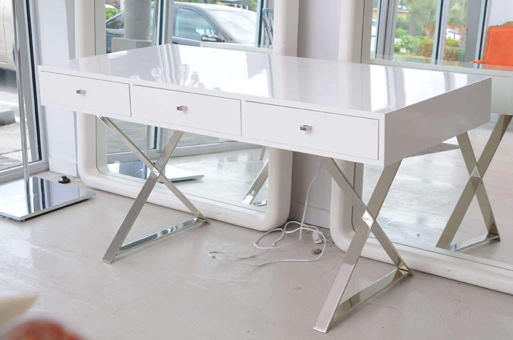 White Lacquer Desk And Chrome Base Style Of Milo Baughman 3
