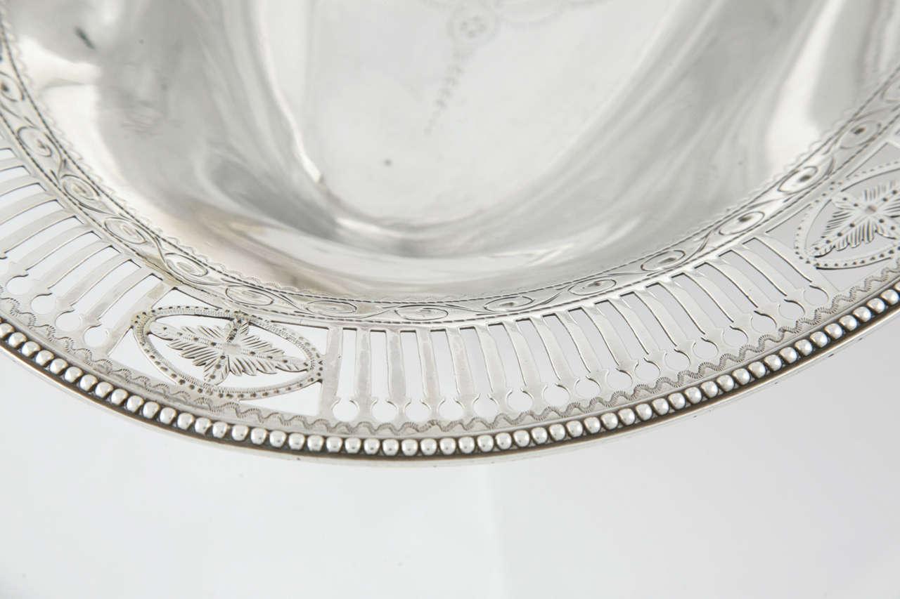 George III Sterling Silver Cake Basket For Sale 4