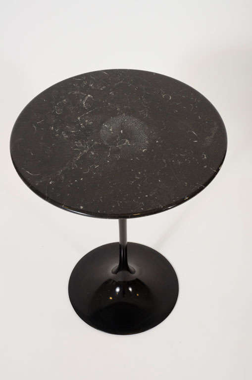 American Small Round Black Marble Side Table By Eero Saarinen For Knoll