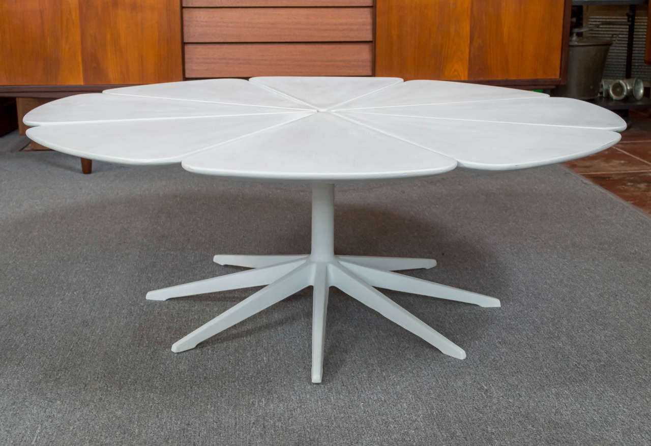 Richard Schultz For Knoll Petal Coffee Table At 1stdibs