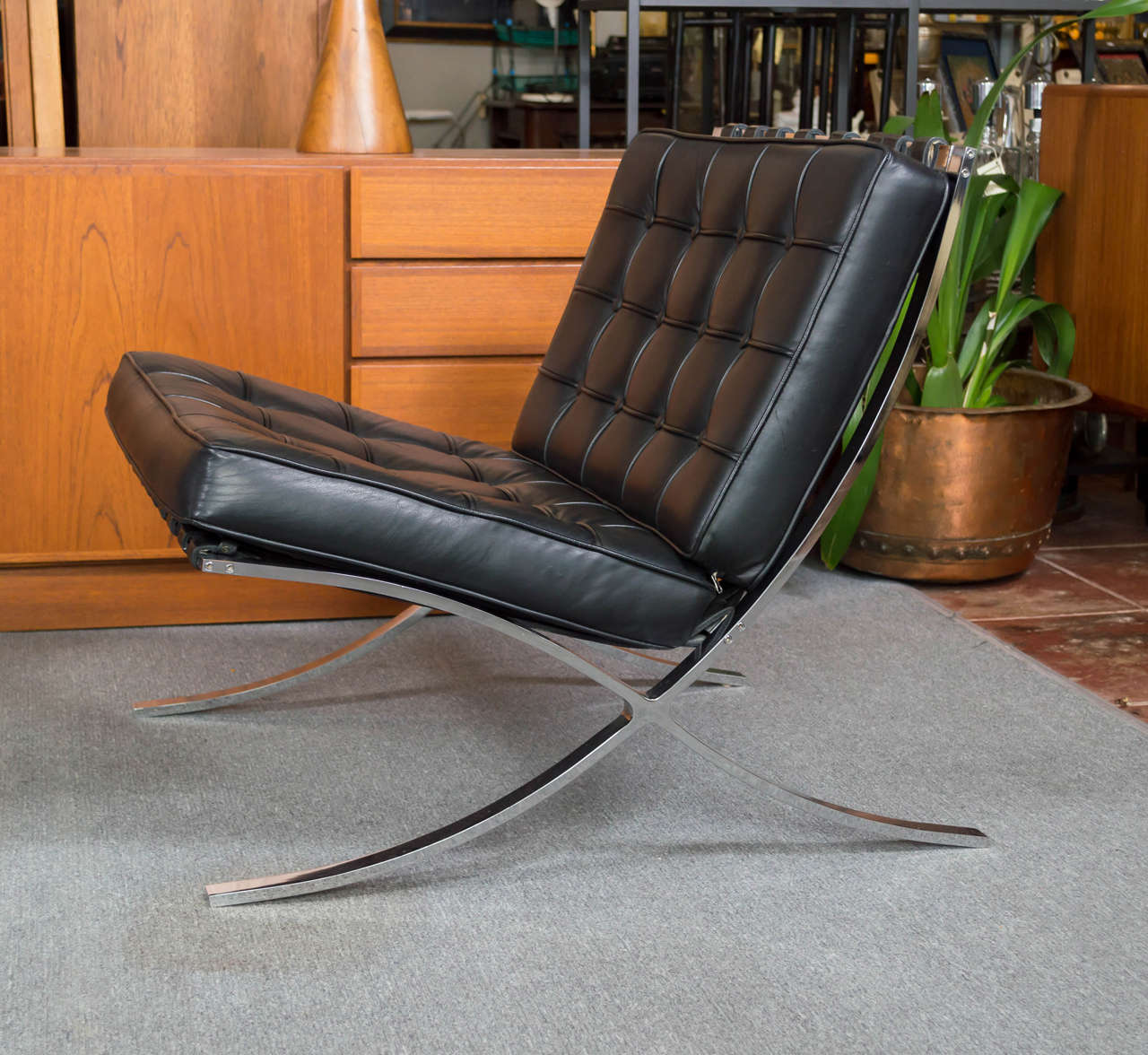 Barcelona style chairs - Vintage Pair Of Mies Van Der Rohe Barcelona Style Chairs Saturday Sale