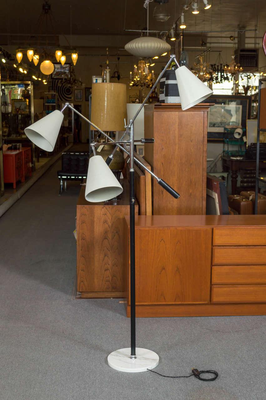 Angelo lelli for arredoluce triennale floor lamp at 1stdibs for Arredo luce