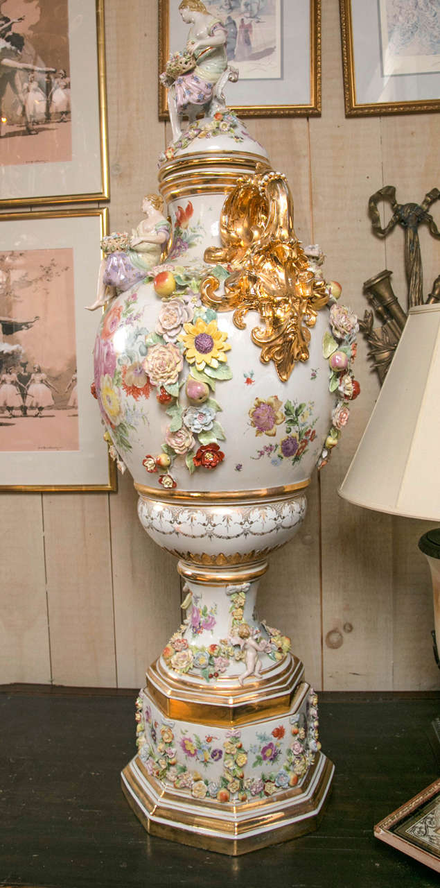 Late 20th Century Fantastic Pair of Meissen Style Covered Urns For Sale