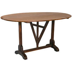 Oval Oak Vendange Table