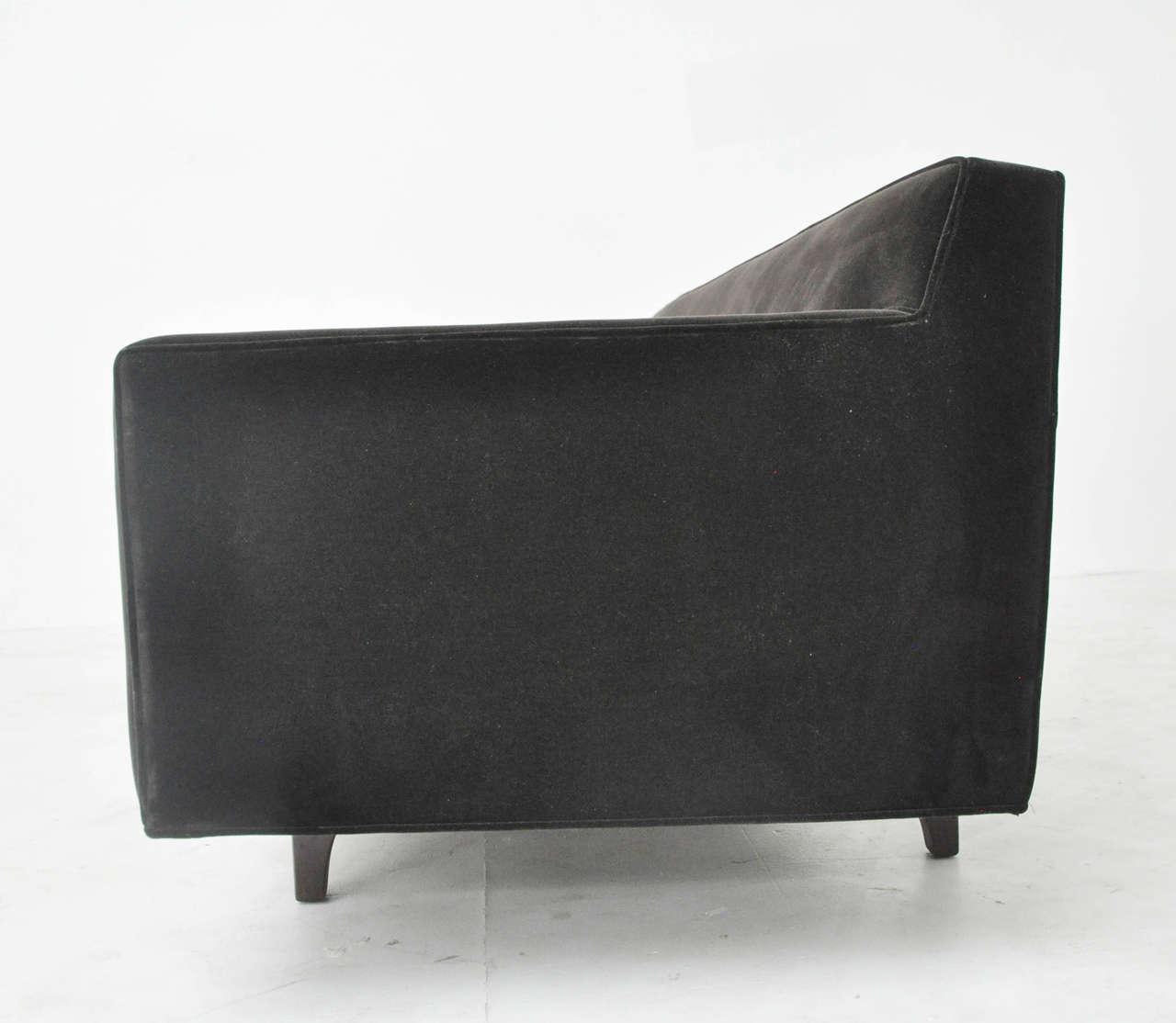 Mid-20th Century Dunbar Bracket-Back Sofa by Edward Wormley For Sale