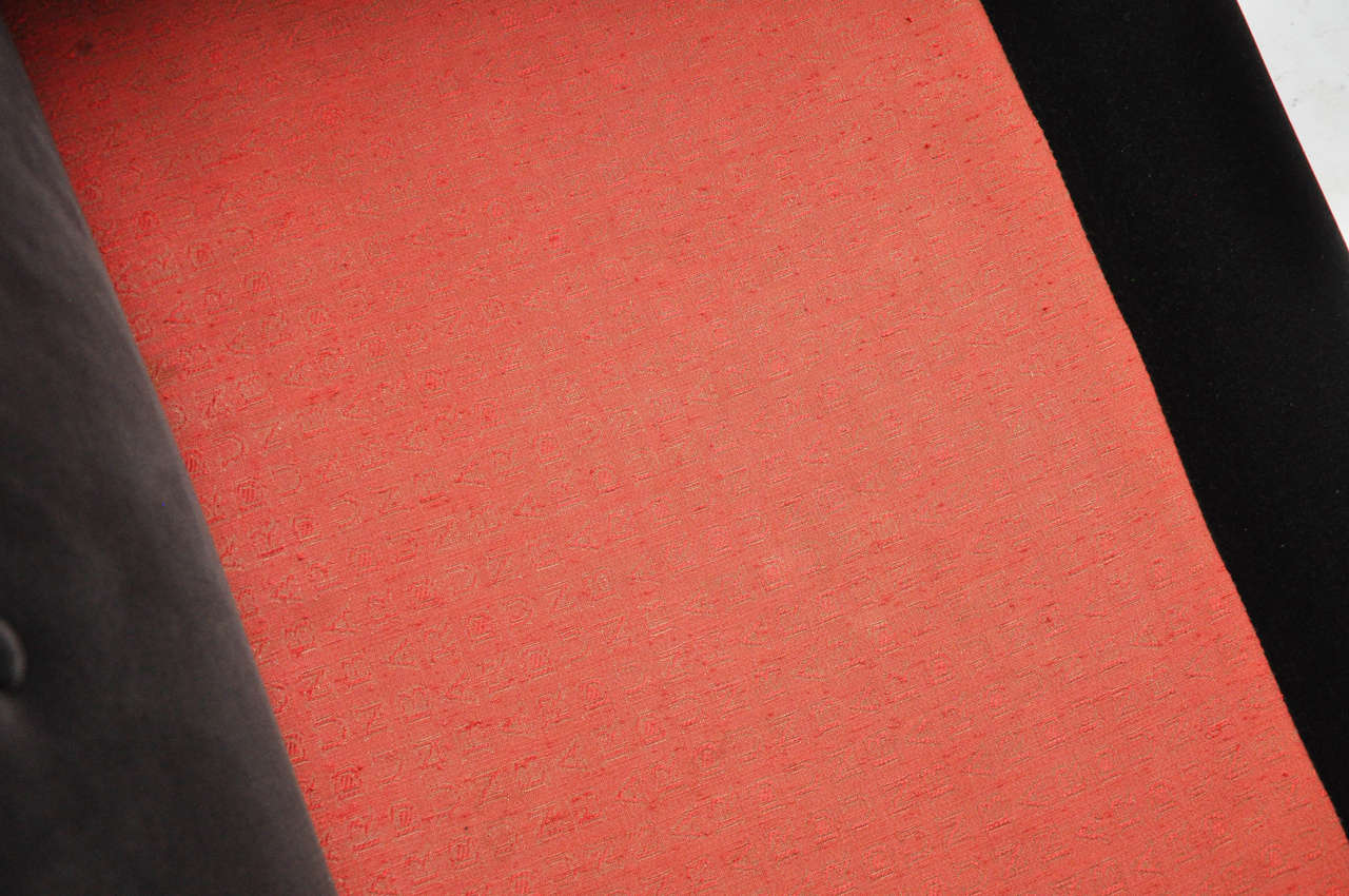 Dunbar Bracket-Back Sofa by Edward Wormley For Sale 2