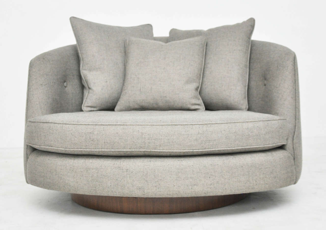 Beau Large Cuddle Chair By Milo Baughman. Newly Upholstered With Fully Restored  Walnut Base.