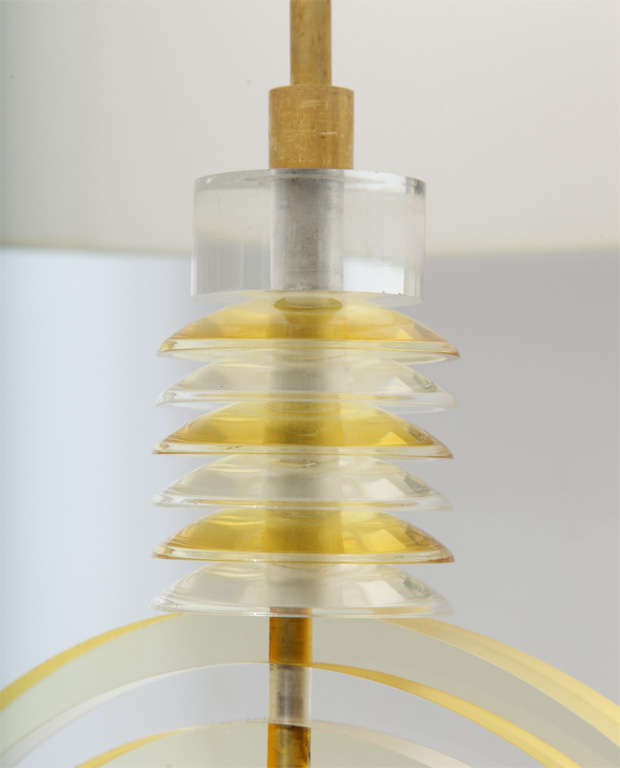 Mid-20th Century Table Lamp American Modernist Sculptural Lucite Concentric Circles, 1930s For Sale