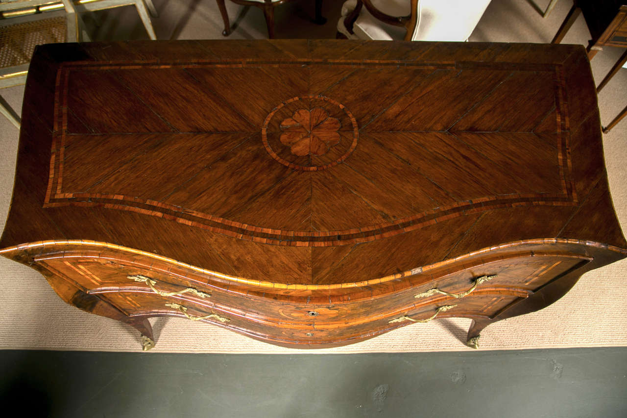 Wood Italian Rococo Neapolitan Chest of Drawers, Commode, 18th Century For Sale