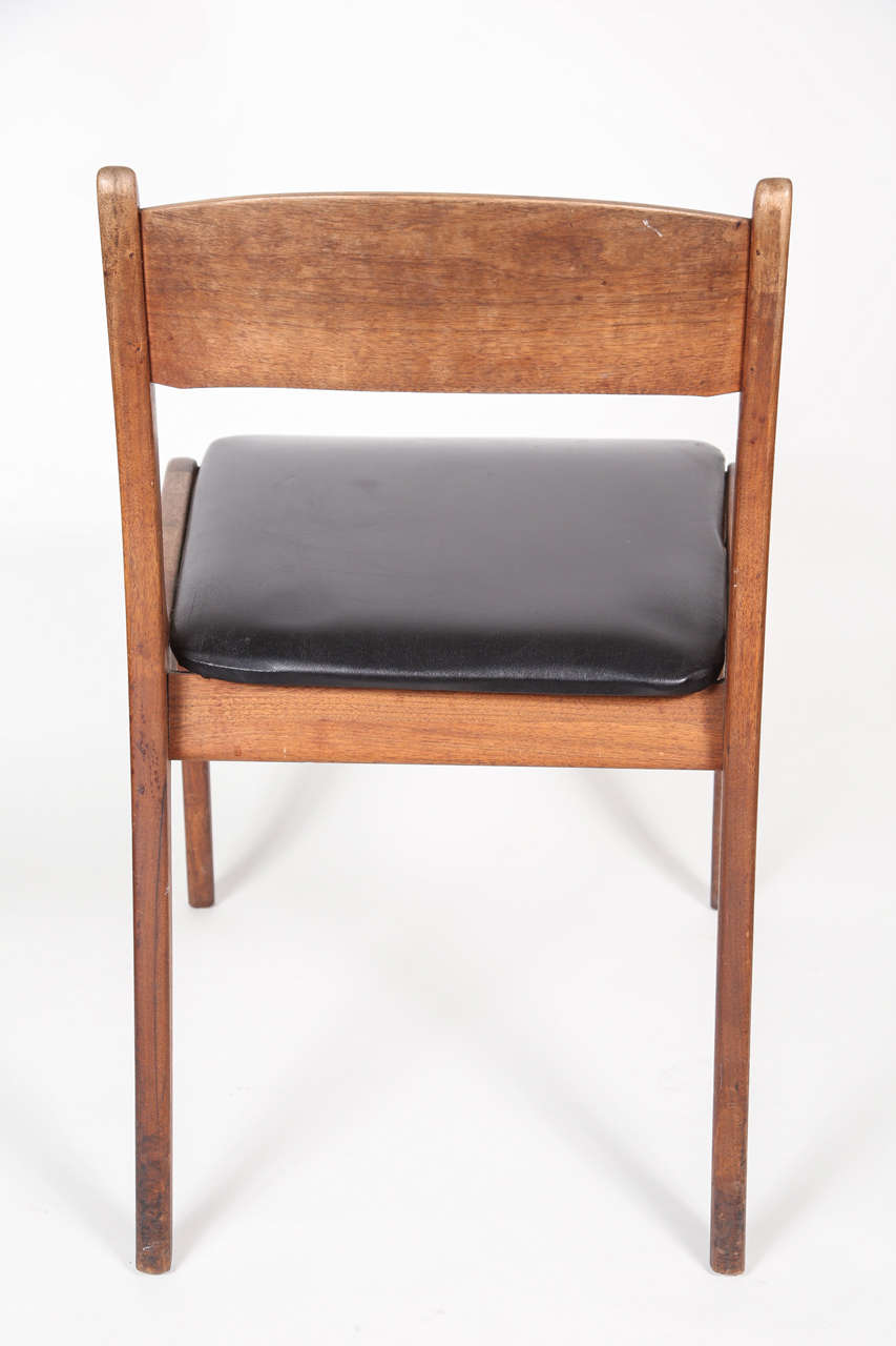Set Of Four Mid Century Modern Chairs At 1stdibs