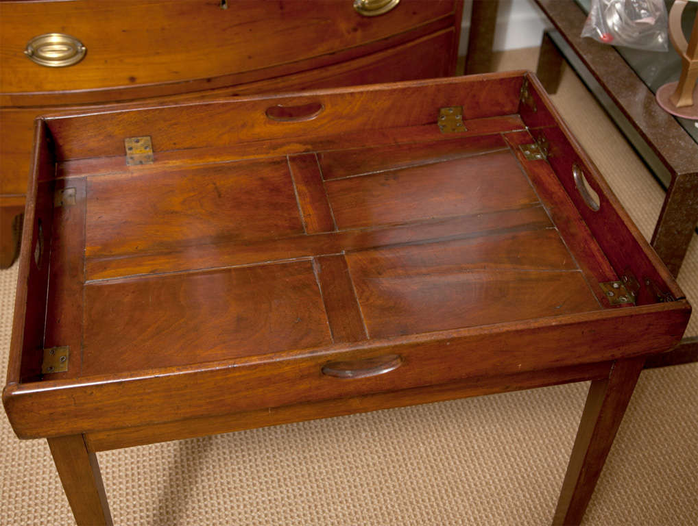 19th Century Mahogany Folding Butler's Tray Occasional Table In Good Condition For Sale In Mt Kisco, NY