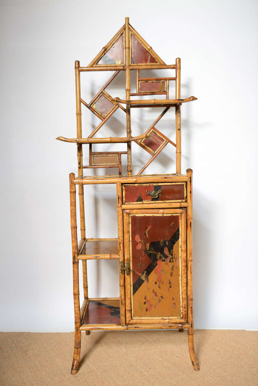 Antique Bamboo Pagoda Etagere In Excellent Condition For Sale In West Palm Beach, FL