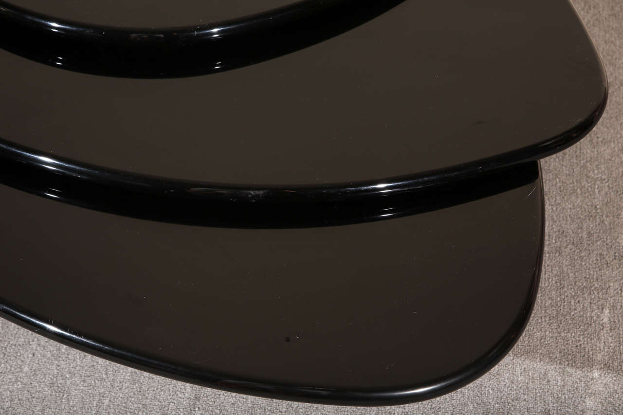 Late 20th Century Black Lacquered Coffee table by Rougier For Sale