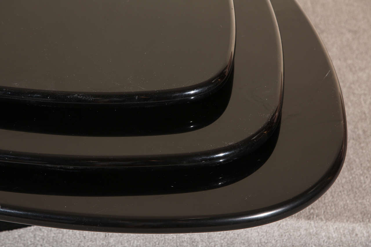 Black Lacquered Coffee table by Rougier For Sale 1