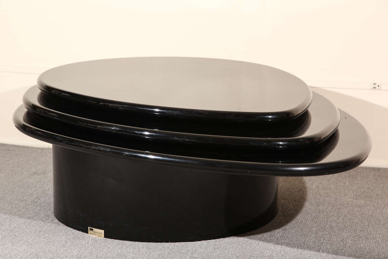 Black Lacquered Coffee table by Rougier For Sale 2
