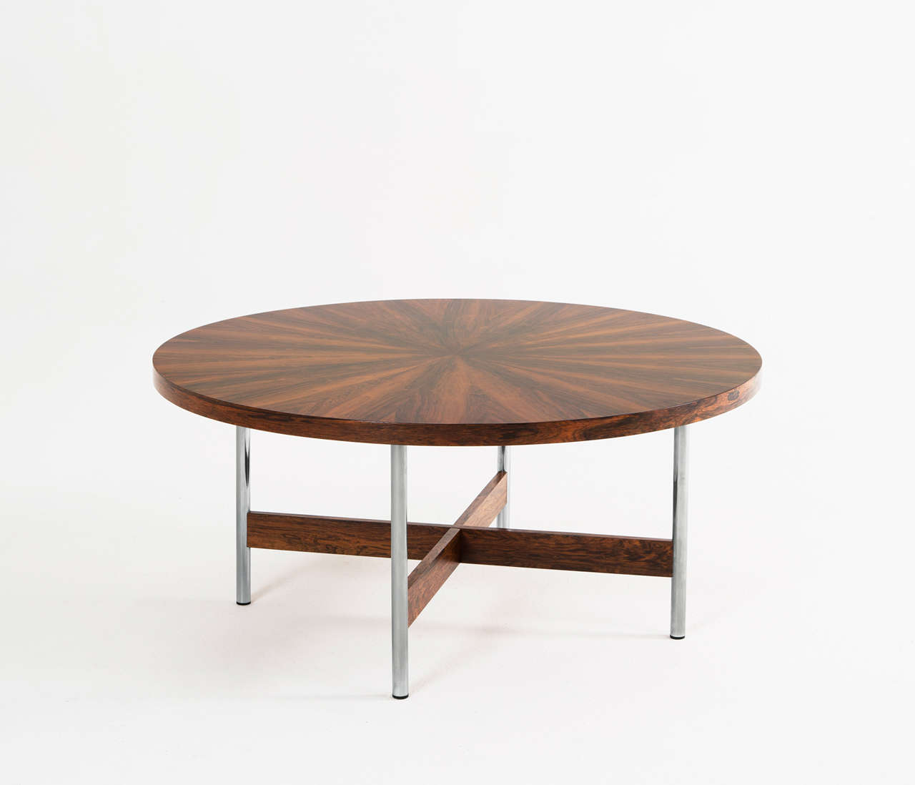 Large Round Cocktail Table In Rosewood For Sale At 1stdibs