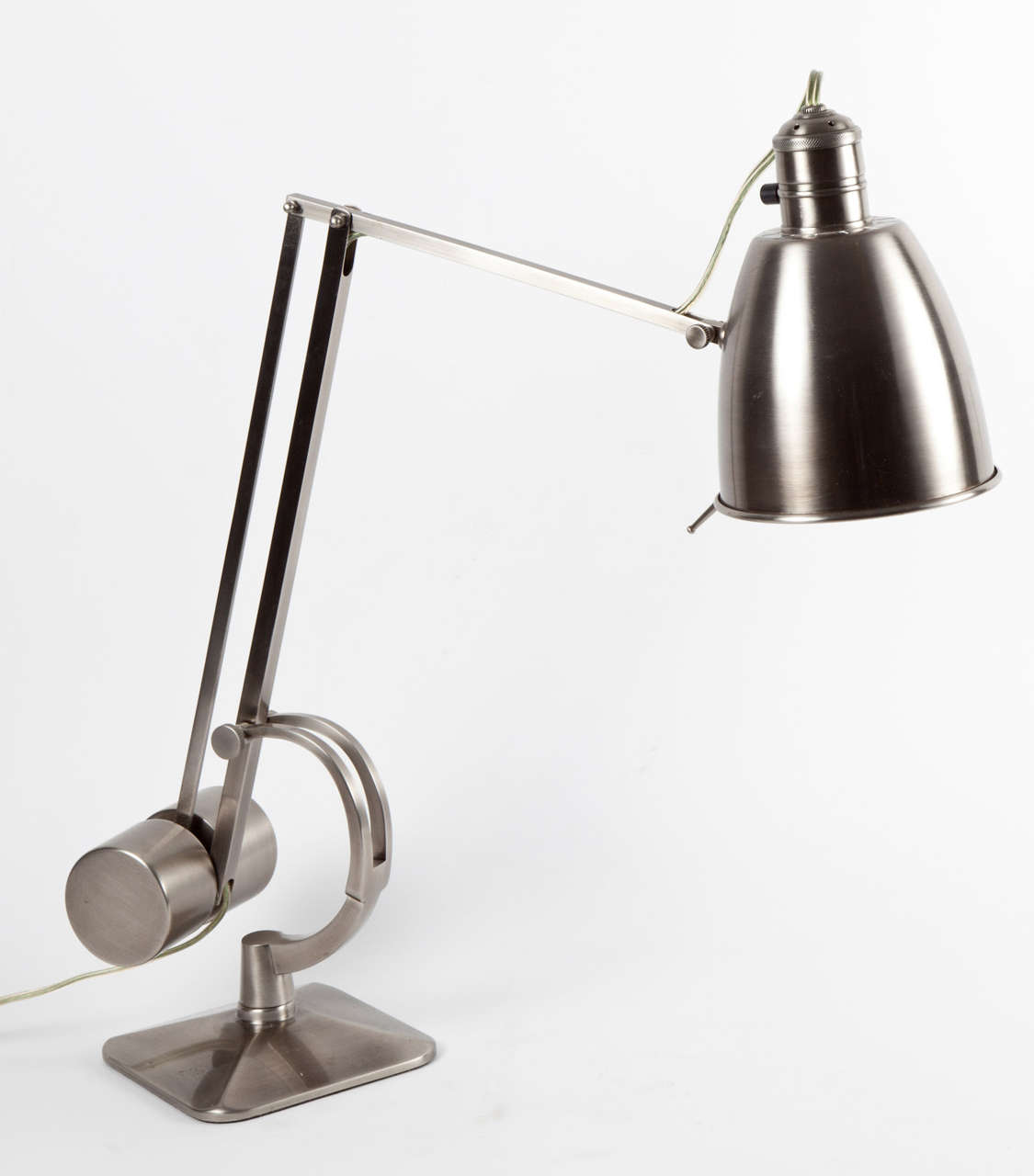 Vintage Style Counterweight Desk Lamp image 2